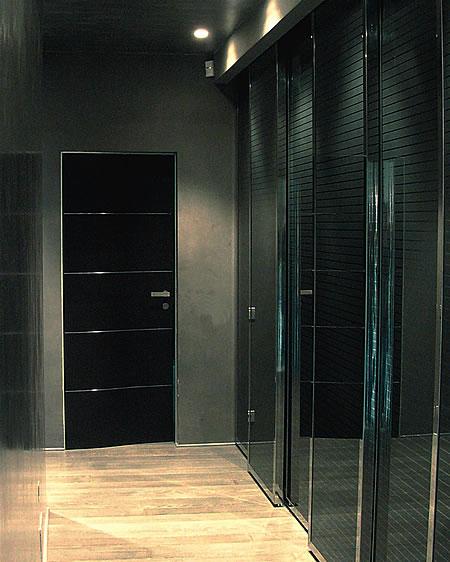Finest tavolo in cristallo nero a scomparsa porte e finestre in acciaio inox lucidato a specchio - Rinnovare la camera da letto ...